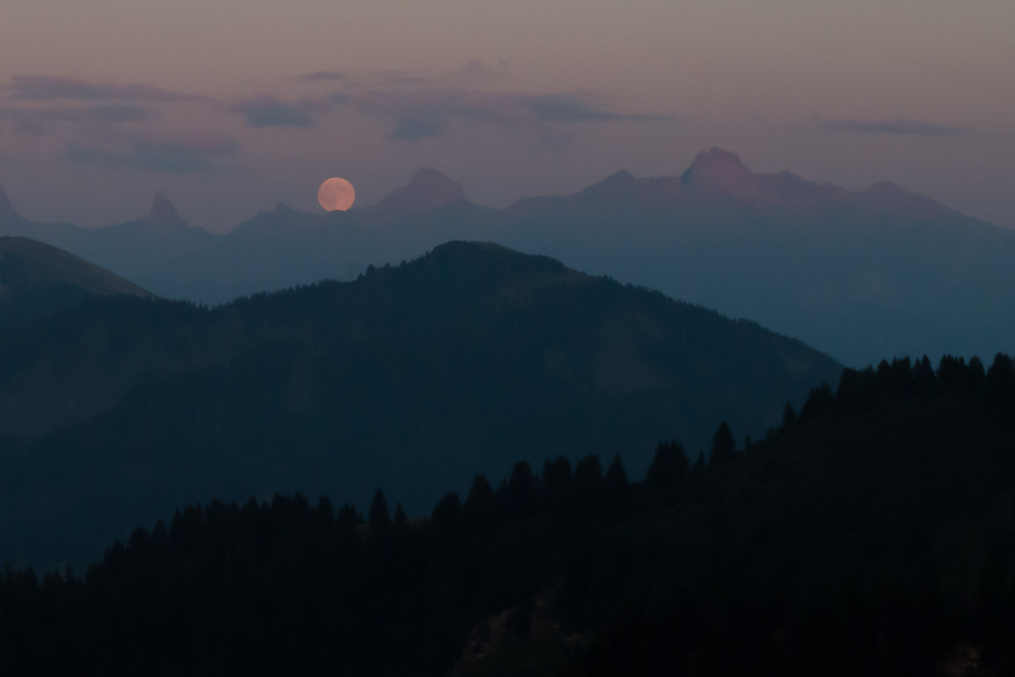 Moonrise from Refuge de Trebentaz